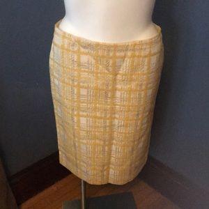 Talbots 63%cotton/21%poly/16%nylon size 14 skirt